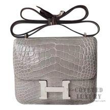 Hermes Mini Constance 18 Bag CK81 Gris Tourterelle Shiny Alligator SHW